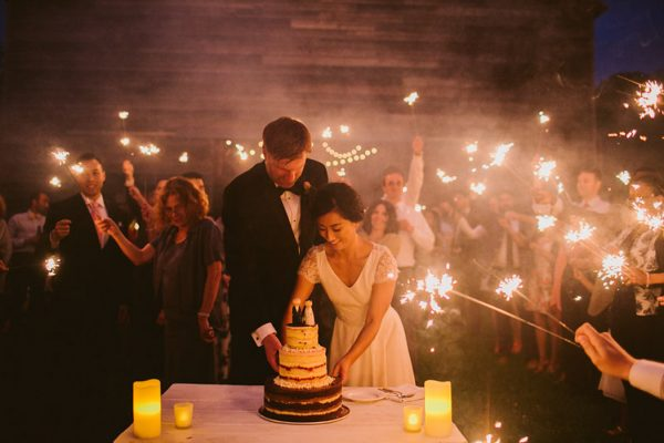 timeless-catskills-barn-wedding-at-handsome-hollow-14