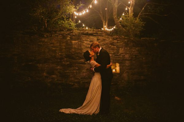 timeless-catskills-barn-wedding-at-handsome-hollow-16
