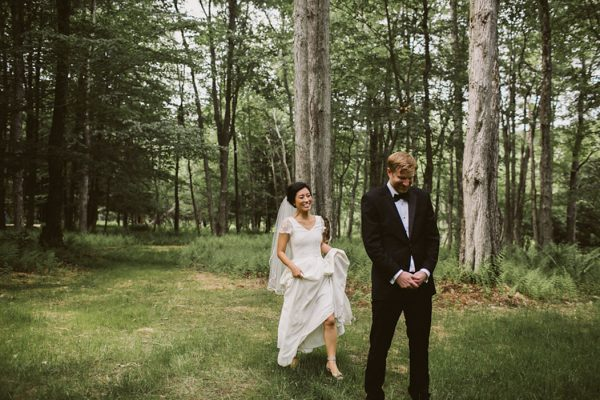 timeless-catskills-barn-wedding-at-handsome-hollow-43
