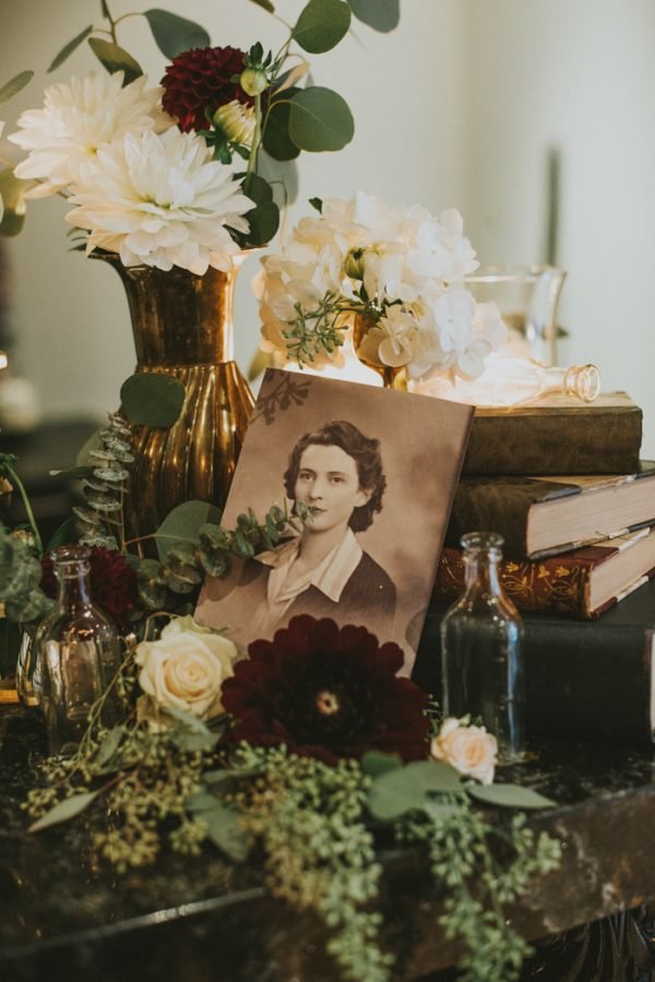 vintage-romance-inspired-vancouver-wedding-at-the-permanent-33