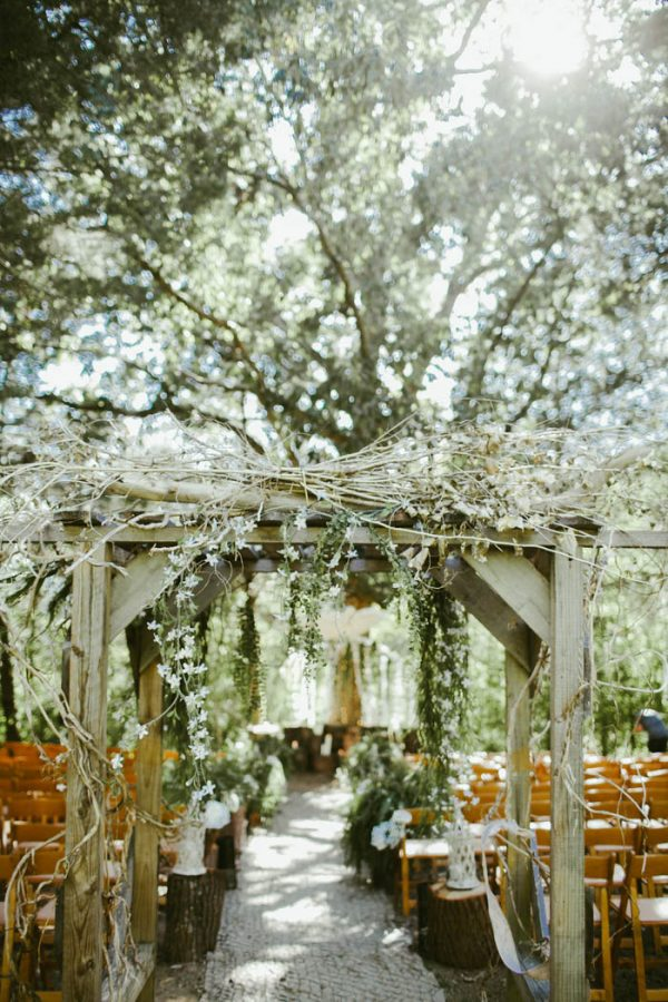 Absolutely Enchanting Southern DIY Wedding at Aurora Acres Stephanie Sorenson Photography-13