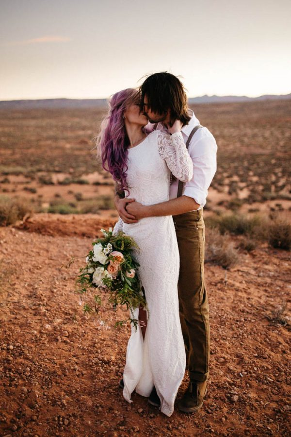 alternative-antelope-canyon-elopement-amy-bluestar-photography-10