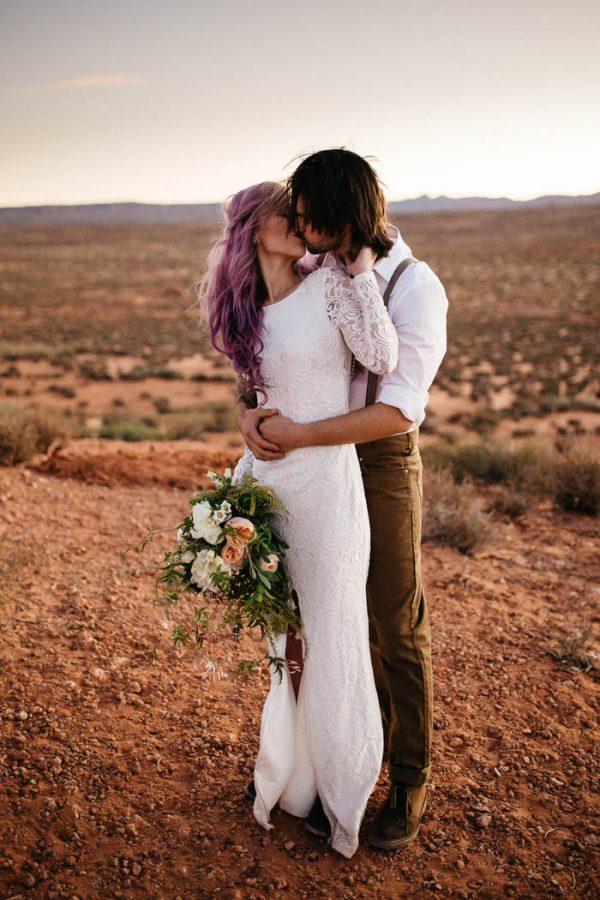 alternative-antelope-canyon-elopement-amy-bluestar-photography-10