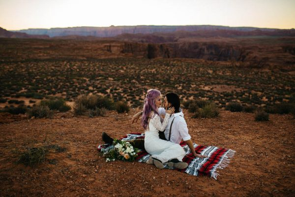 alternative-antelope-canyon-elopement-amy-bluestar-photography-40