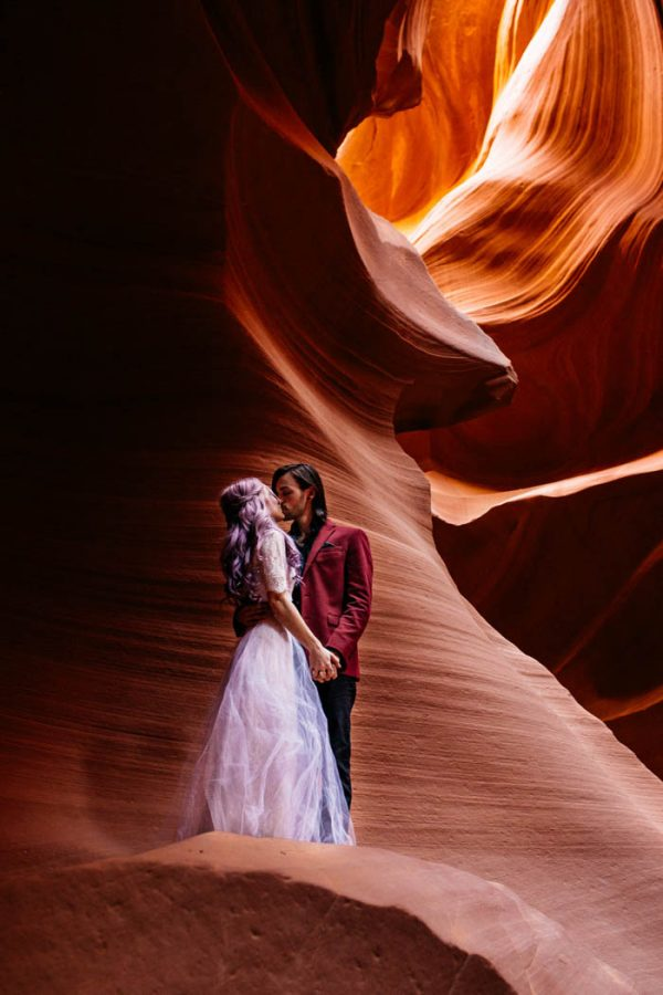 alternative-antelope-canyon-elopement-amy-bluestar-photography-47