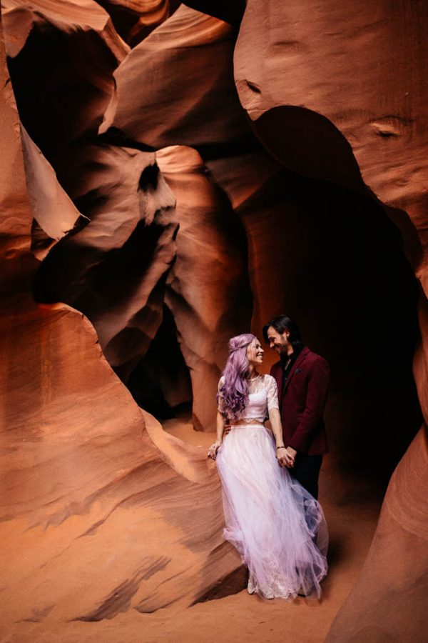 alternative-antelope-canyon-elopement-amy-bluestar-photography-48