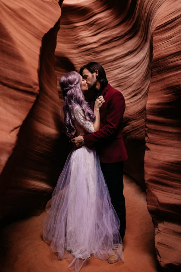 alternative-antelope-canyon-elopement-amy-bluestar-photography-52