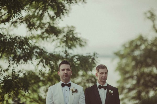 Blush and Grey New York Wedding at Locusts on Hudson Jonas Peterson-43