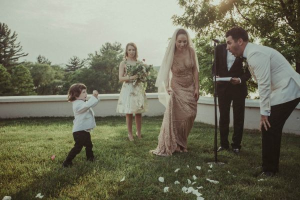 Blush and Grey New York Wedding at Locusts on Hudson Jonas Peterson-44