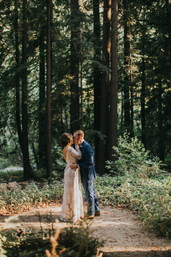 Breathtaking Handmade Elopement at Glen Oaks Big Sur Jen Workman-31