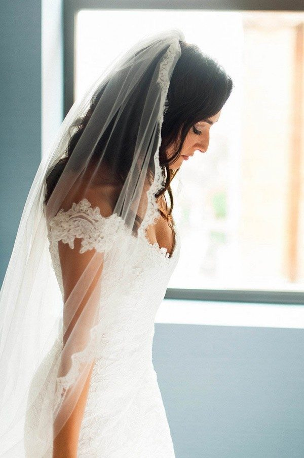 Classy-Elegant-Hotel-Monaco-Wedding-M2-Photography-25-of-32-600x902-600x902