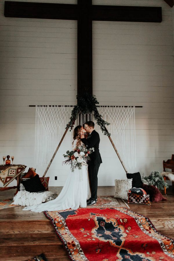 Eclectic Romantic Wedding Inspiration at The Chapel at Southwind Hills Peyton Rainey Photography and Chelsea Denise Photography-42