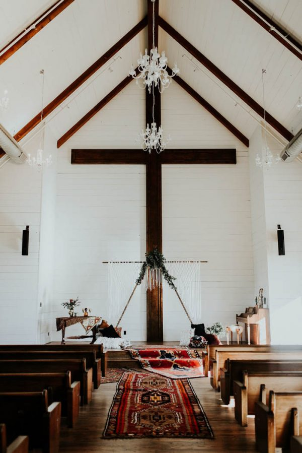 Eclectic Romantic Wedding Inspiration at The Chapel at Southwind Hills Peyton Rainey Photography and Chelsea Denise Photography-51