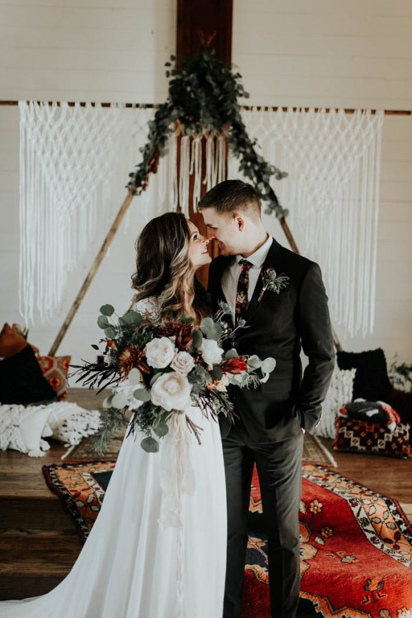 Eclectic Romantic Wedding Inspiration at The Chapel at Southwind Hills Peyton Rainey Photography and Chelsea Denise Photography-55