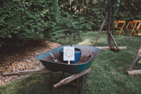 Enchanting Backyard Garden Wedding in Toronto LV IMAGERY-45