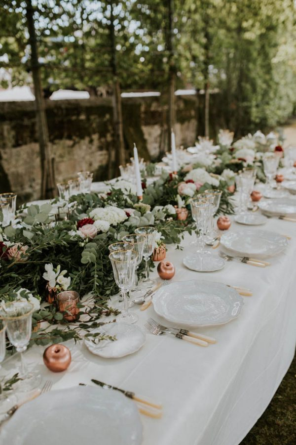 Since We Were Getting Married In Early September I Wanted To The Wedding Have A Slight Autumn Feel Also Love Simplicity
