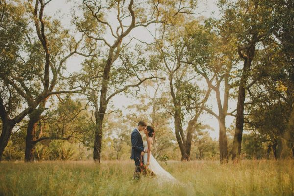 gorgeous-diy-perth-wedding-at-the-quarry-amphitheatre-samuel-goh-photography-45