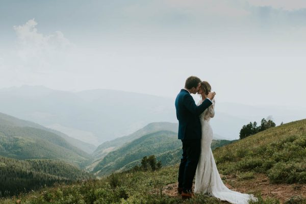 Stylish Vail, Colorado Wedding at The Sonnenalp Joel Bedford Weddings-11