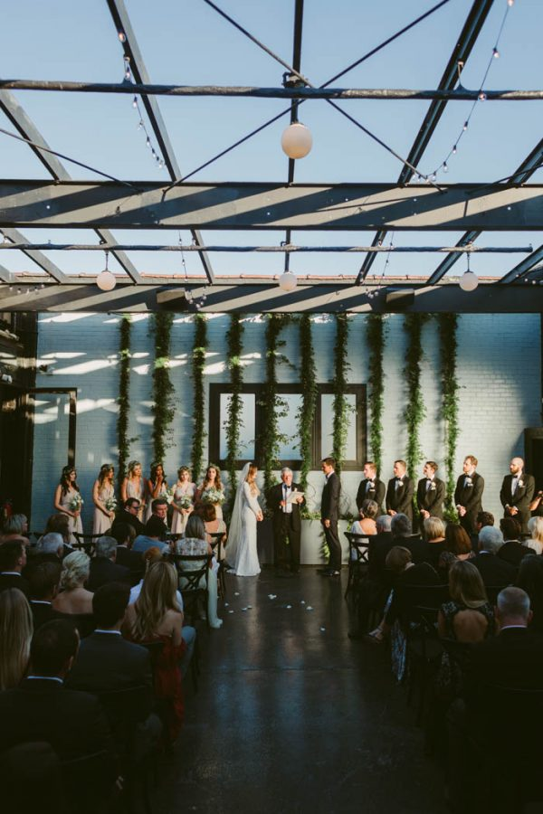 this-couple-threw-an-outdoor-barbecue-wedding-in-brooklyn-at-501-union-amber-gress-photography-34