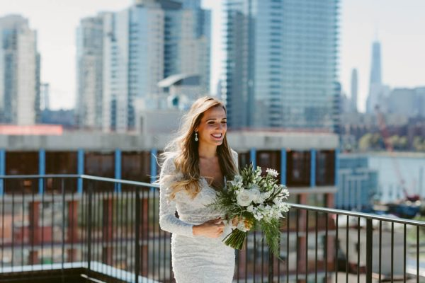 this-couple-threw-an-outdoor-barbecue-wedding-in-brooklyn-at-501-union-amber-gress-photography-9