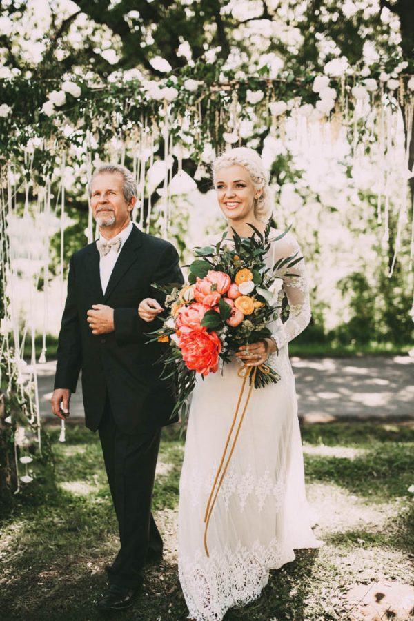 This Free-Spirited Sauvie Island Wedding Will Steal Your Heart India Earl-26