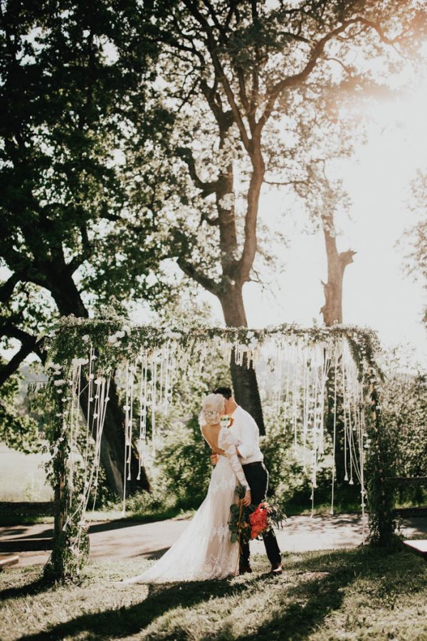 This Free-Spirited Sauvie Island Wedding Will Steal Your Heart India Earl-35