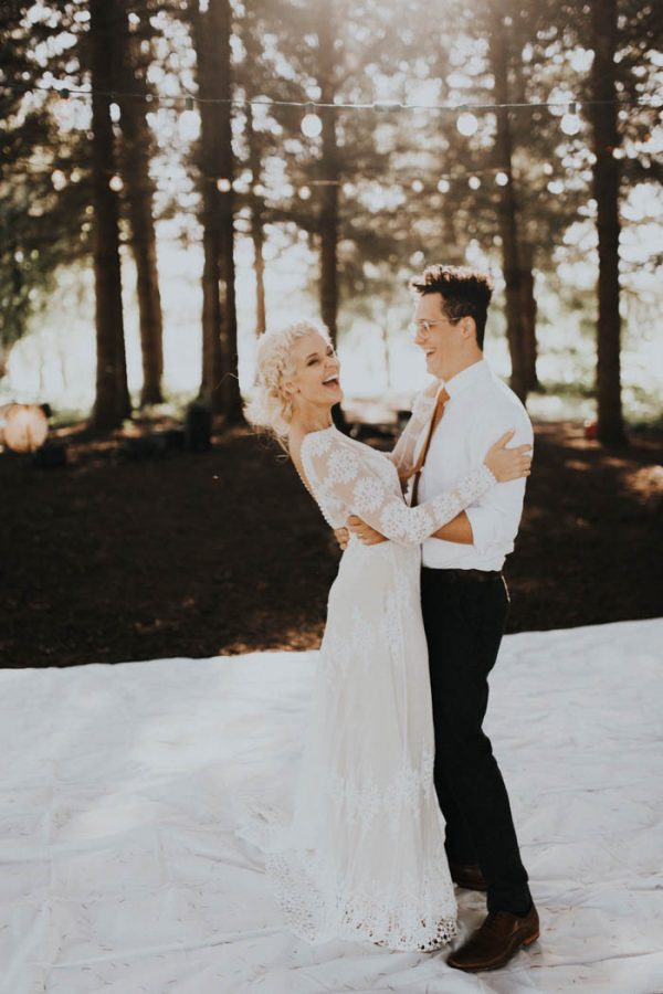 This Free-Spirited Sauvie Island Wedding Will Steal Your Heart India Earl-37