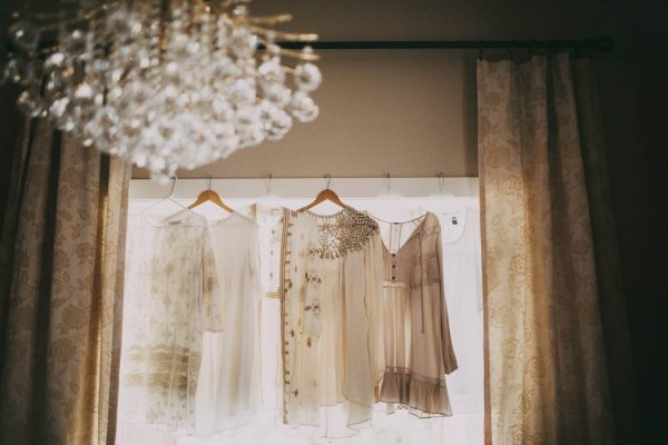 This Free-Spirited Sauvie Island Wedding Will Steal Your Heart India Earl-57