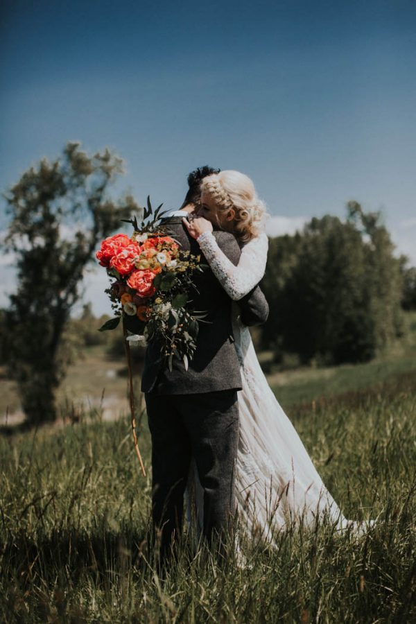This Free-Spirited Sauvie Island Wedding Will Steal Your Heart India Earl-8