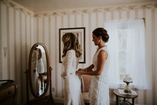 Vintage Rustic California Wedding at Bailey's Palomar Resort Jaicee Morgan-5