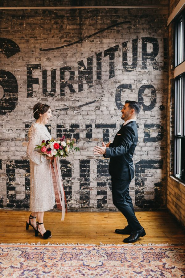 chic-toronto-loft-wedding-at-the-burroughes-10