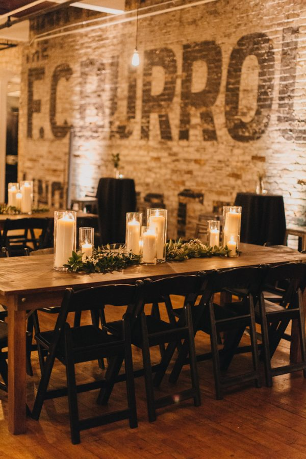 chic-toronto-loft-wedding-at-the-burroughes-37