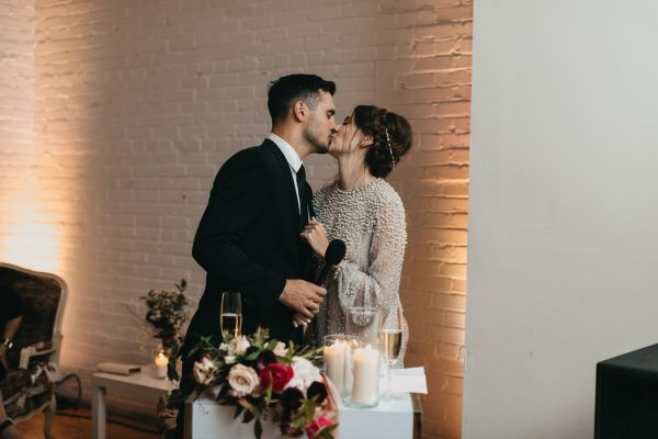 chic-toronto-loft-wedding-at-the-burroughes-40