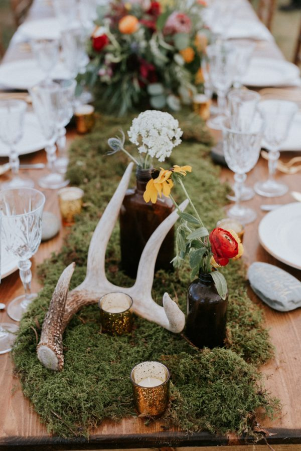 naturally-boho-maine-wedding-at-the-lookout-27-600x900