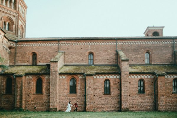 nontraditional-milan-wedding-at-santa-maria-della-scala-23