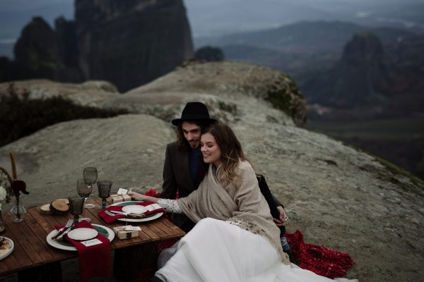 rugged-winter-cliffside-elopement-in-greece-30
