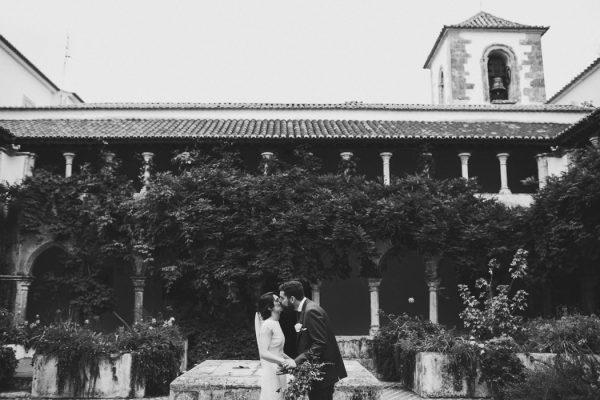 uniquely-natural-portuguese-wedding-at-areias-do-seixo-16