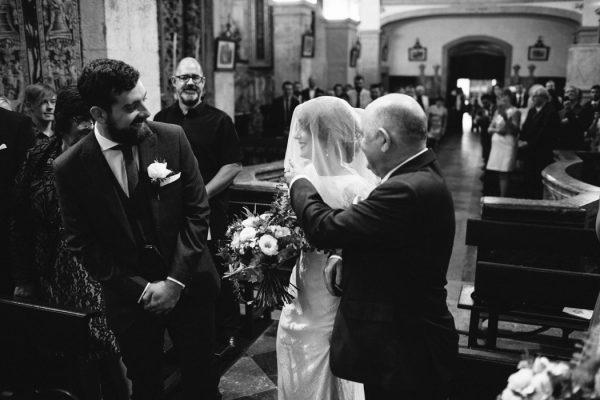 uniquely-natural-portuguese-wedding-at-areias-do-seixo-8