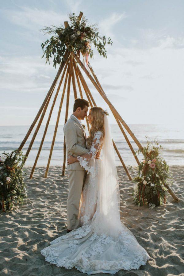 c95c2e8c90 Breezy Cream and Beige Beach Wedding at Levyland Estates | Junebug Weddings