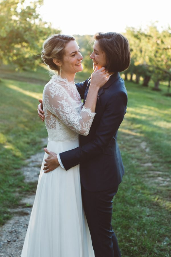 autumnal-apple-orchard-wedding-at-clarks