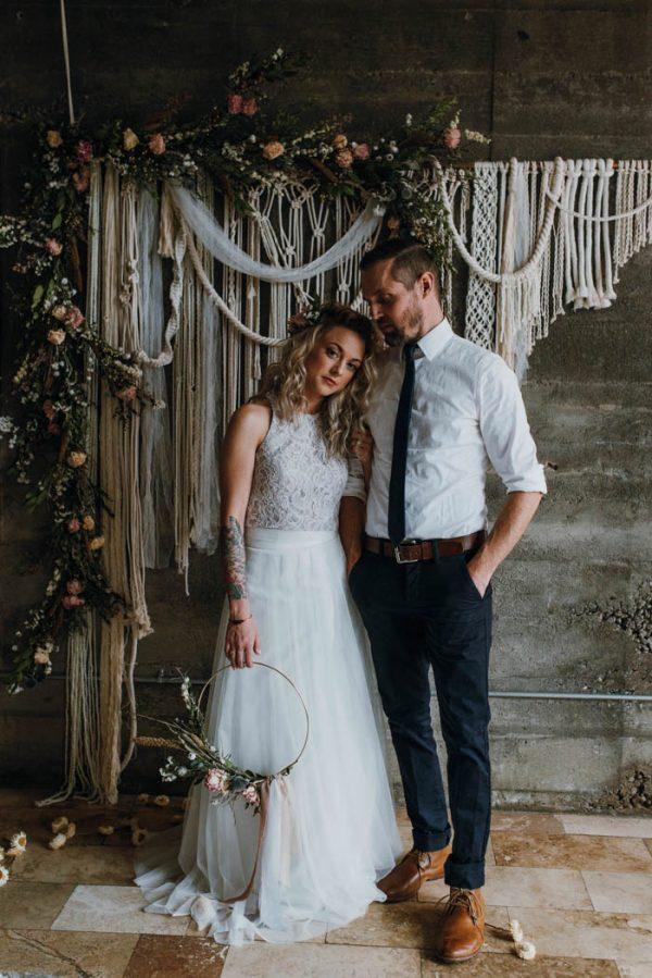 5 Ways to Style Your Industrial Wedding Venue   Junebug Weddings