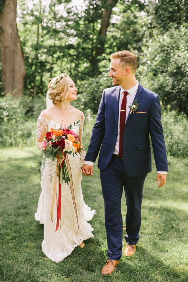 Colorful Ontario Wedding at The Slit Barn