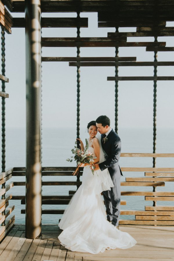 Dreamy Bali Destination Wedding at Alila Villas Uluwatu