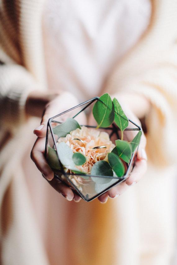 The Best Wedding Ring Boxes on Etsy | Junebug Weddings