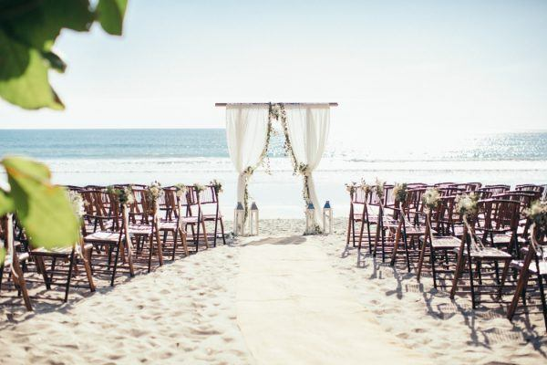 This Costa Rica Beach Wedding Embos Relaxed Luxury Junebug Weddings