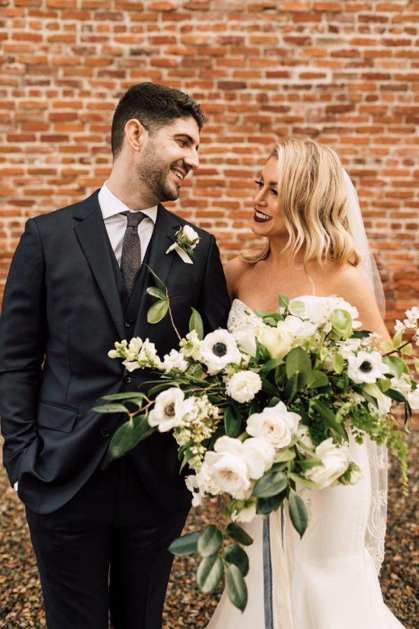 San diego wedding wedding blog posts archives junebug weddings to say that amanda and michaels andaz san diego wedding was full of impressive greenery would be an understatement the couple chose an earthy yet modern junglespirit Images