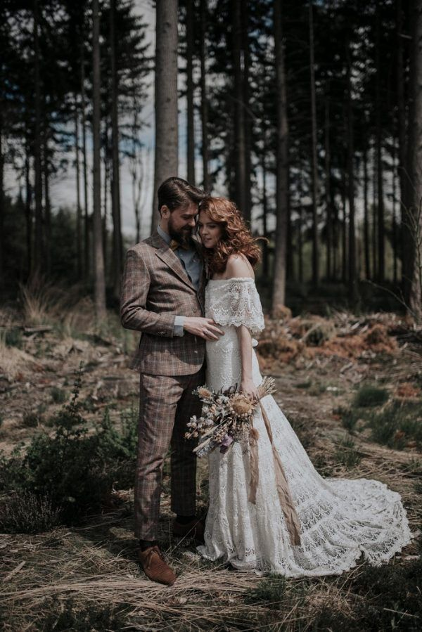 Sweet and Intimate Treehouse Elopement Inspiration in The Netherlands