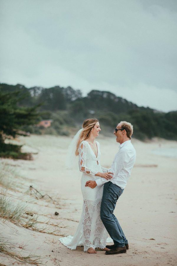 Pastel New Zealand Wedding at Kuaotunu Hall | Junebug Weddings