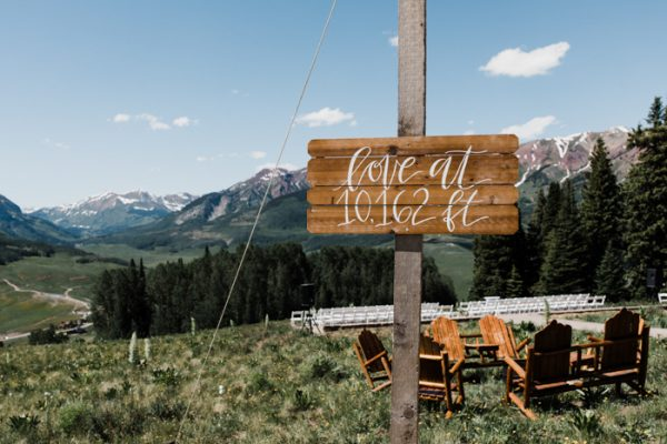While first getting to know Matt Laurann had a detailed dream of marrying Matt on a mountaintop but she never thought much of it until they started to ... & Elegant Crested Butte Mountaintop Wedding at Ten Peaks | Junebug ...