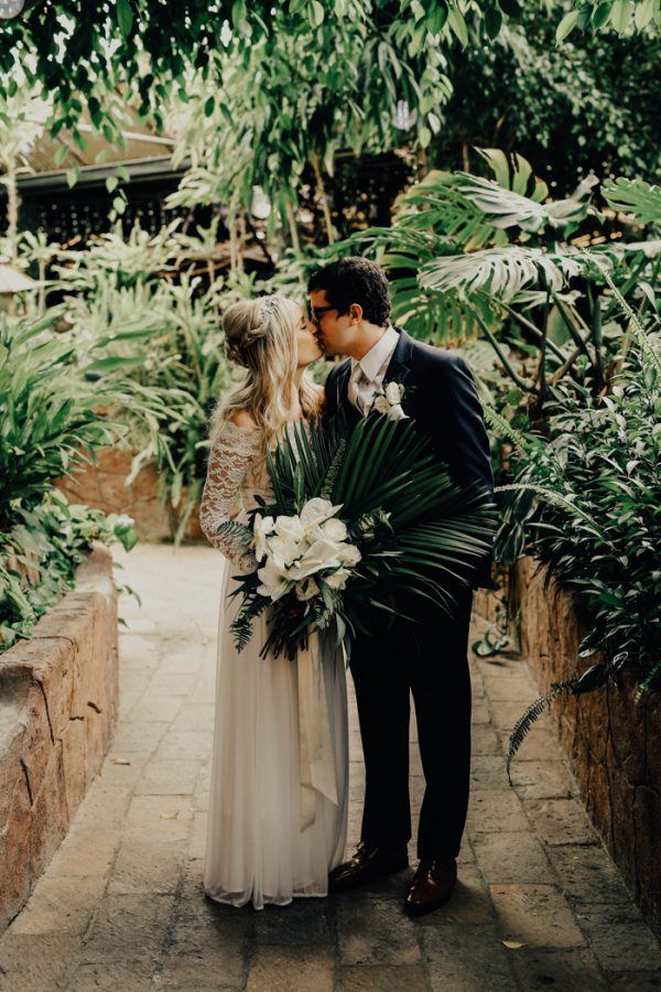Terra And Stephen Knew Theyd Found The Perfect Setting For Their Elegant Wedding When They Toured Boojum Tree A Hidden Tropical Garden In Phoenix